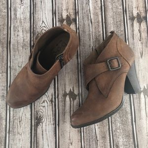 boc Shoes - BOC Brown Leather heel boots with buckles size 8